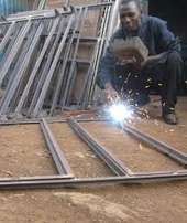 fabricator welder and aluminium profiling