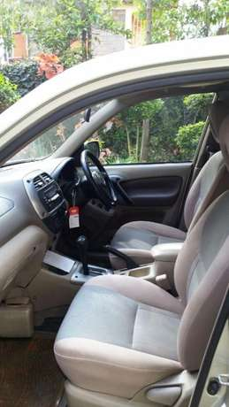 Excellently maintained 4*4 RAV4 for Sale!!! Karen - image 3