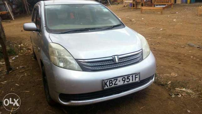 Toyota Isis quick sale Embu Town - image 6