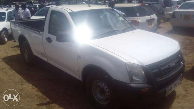 Isuzu Dmax local for quick sale Thika - image 7