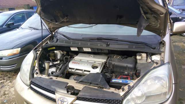 Toyota sienna 2006 model available for sale Calabar - image 6