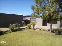 3bedroom house for sale in Ext 76 Seshego Cash