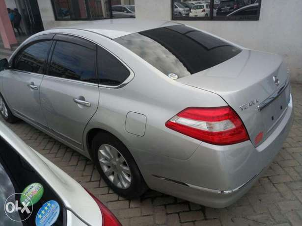 Reg: KCP number Silver Nissan Teana 2010 model Mombasa Island - image 4