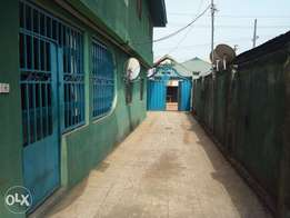 A 3 bedroom flat is available for rent in ugbiyokho (liam's property)