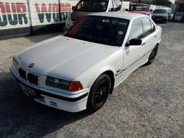 BMW 316i manual 1995 on special sale R35000