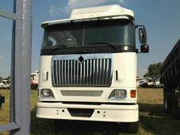 International eagle 9800i double diff truck now on special