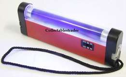 Torch and a Ultraviolet Bill detector portable powered by 4 x AA bate
