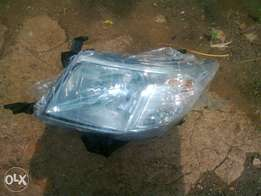 Toyota hilux headlamp left side ,,