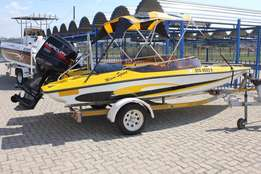 17 FT Miami Sport with 125 Hp Mercury