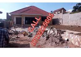 Land scaped 4 bedroom house for sale in Kisaasi at 370m