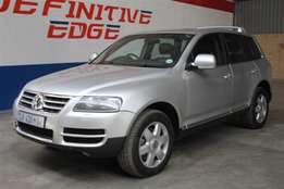 VW Touareg V10 5.0i with excellent power and full service history