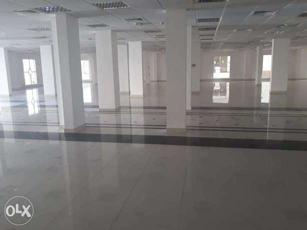 For rent showroom in Al Qurum