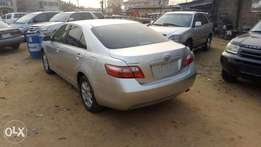 An 07 toks toyota camry spider for grab in uyo