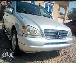 Very Clean Mercedes Benz ML320