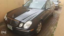 Mercedes Benz E-350, Model: 2007, Blue