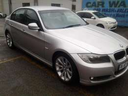 2011 BMW 320d 3 series Automatic with 121000km