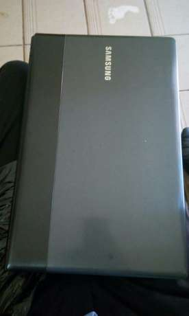 Samsung np300 dualcore 2gb ram 500gb hdd at 15000 Kakamega Town - image 3