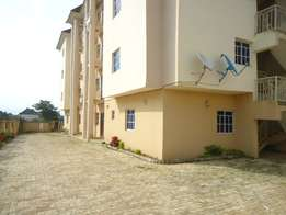 Spacious 3 Bedroom Flat N1m