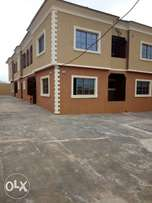 4 flats of 3 bed each at ojoo beside Ojoo barracks