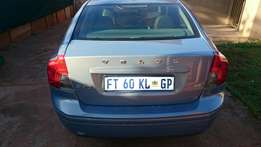 Volvo S 40 in good condition daily use