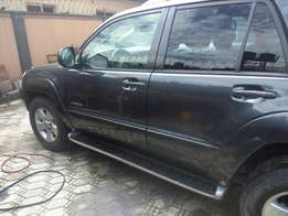 Very clean 2005 Toyota 4runner Limited Edition at a give away price,