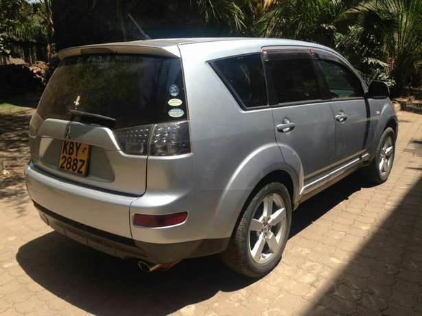 Mitsubishi Outlander for sale Westlands - image 4