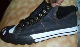 Roots rubber shoes