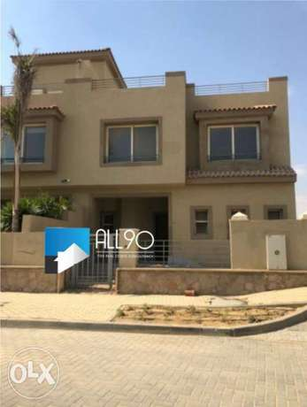 Twin house for sale in Palm hills katameya PK1 prime location