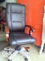 Original Leather Executive Office Chair 9001