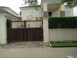 lovely and well finished 5 bdrm semi detached duplex for sale in Jabi
