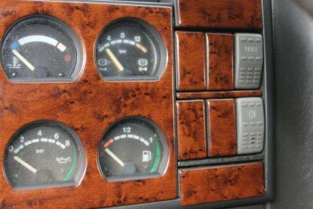Iveco MP 380 E 44 EUROTRAKKER 6x4 - 2003 - image 10
