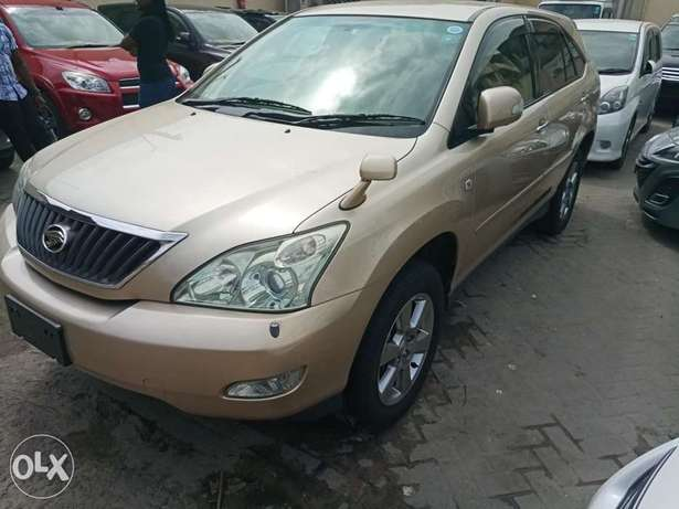 Toyota Harrier Gold KCP number Mombasa Island - image 3