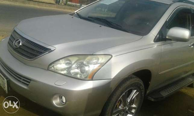 Neatly used lexus rx 4oo h for sale Port Harcourt - image 3
