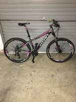 Medium sized titan. Women's bicycle in excellent condition.
