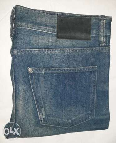 H&M straight jeans 30/32 from England.