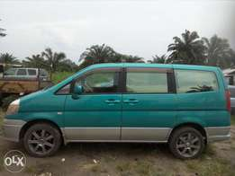 Nissan mini bus 4 the comfort of the family
