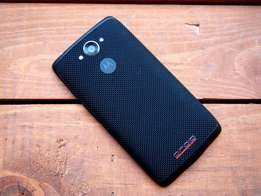 Motorola Turbo with 32gb and nice designed body. brand new from USA.