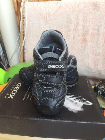 """1fa6f9589 GEOX"""" детские кроссовки: 400 грн. - Детская обувь Киев на Olx"""