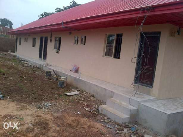 very sharp 1room self contain at independence layout Enugu North - image 1