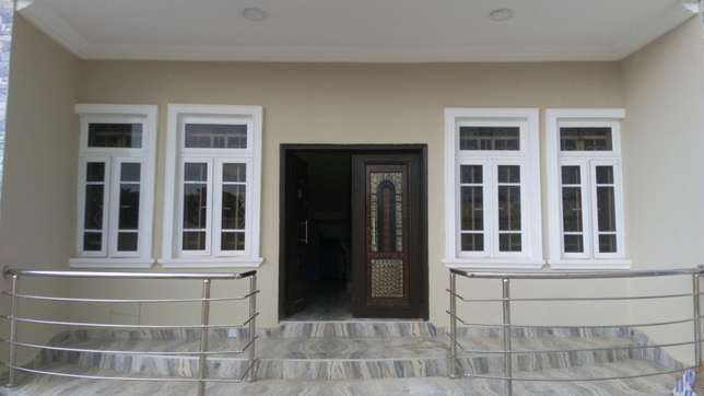 3 bedroom flat for rent Mabuchi - image 1