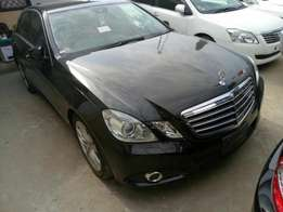 Mercedes Benz E350 KCM number 2010 model loaded with alloy rims,