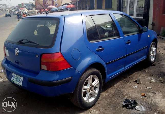 Auto golf 4,small engine 4plugs 1.6ltrs,low fuel&very clean Ibadan - image 2