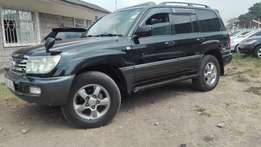 Toyota landcruiser V8 sunroof 2007 petrol super clean accident free