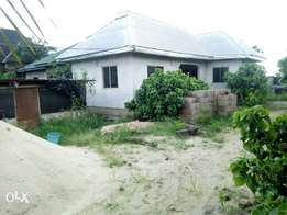 Urgent sale!!! Uncompleted 3bedroom bungalow for sale Behind NTA Rd