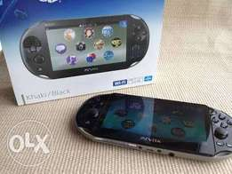 PS vita with Box and compete ascessories
