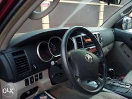 Clean tokunbo Toyota 4runna clean like brand new noting to work on