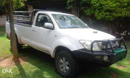 Hilux 3L 4x4 bakkie for sale