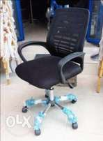 Brand New Mesh Office Chair (6085)