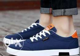 Unisex Sneakers shoes