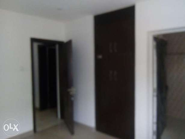 2bedroom apartment located at mabushi by Mobil filling station Wuse 2 - image 8